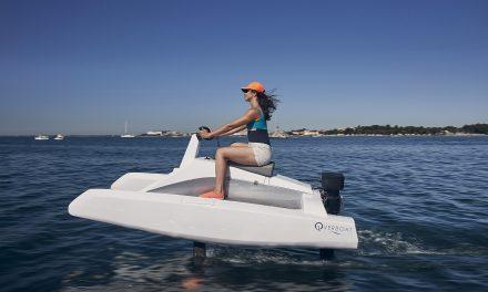 Glissez «au-dessus» de l'eau en Overboat !